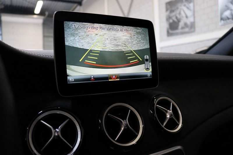 Mercedes-Benz CLA-Klasse Shooting Brake 180 PEAK Edition | Panoramadak | Achteruitrijcamera | AMG Pakket | Keyless | afbeelding 20