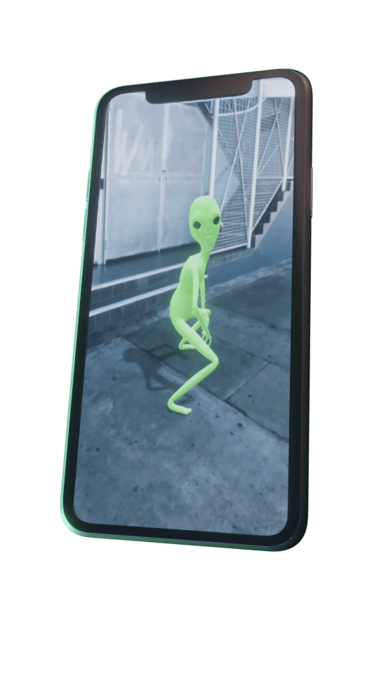 Image of the twerking alien effect being used on a smartphone