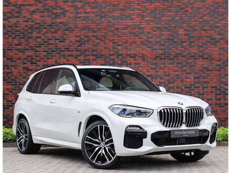 BMW X5 xDrive45e High Executive *Luchtvering*HUD*Pano*Laser*Harman/kardon* afbeelding 1