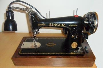 Singer 215G