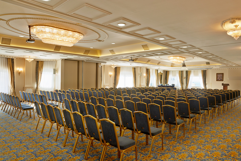 23 - Zeus Conference Hall