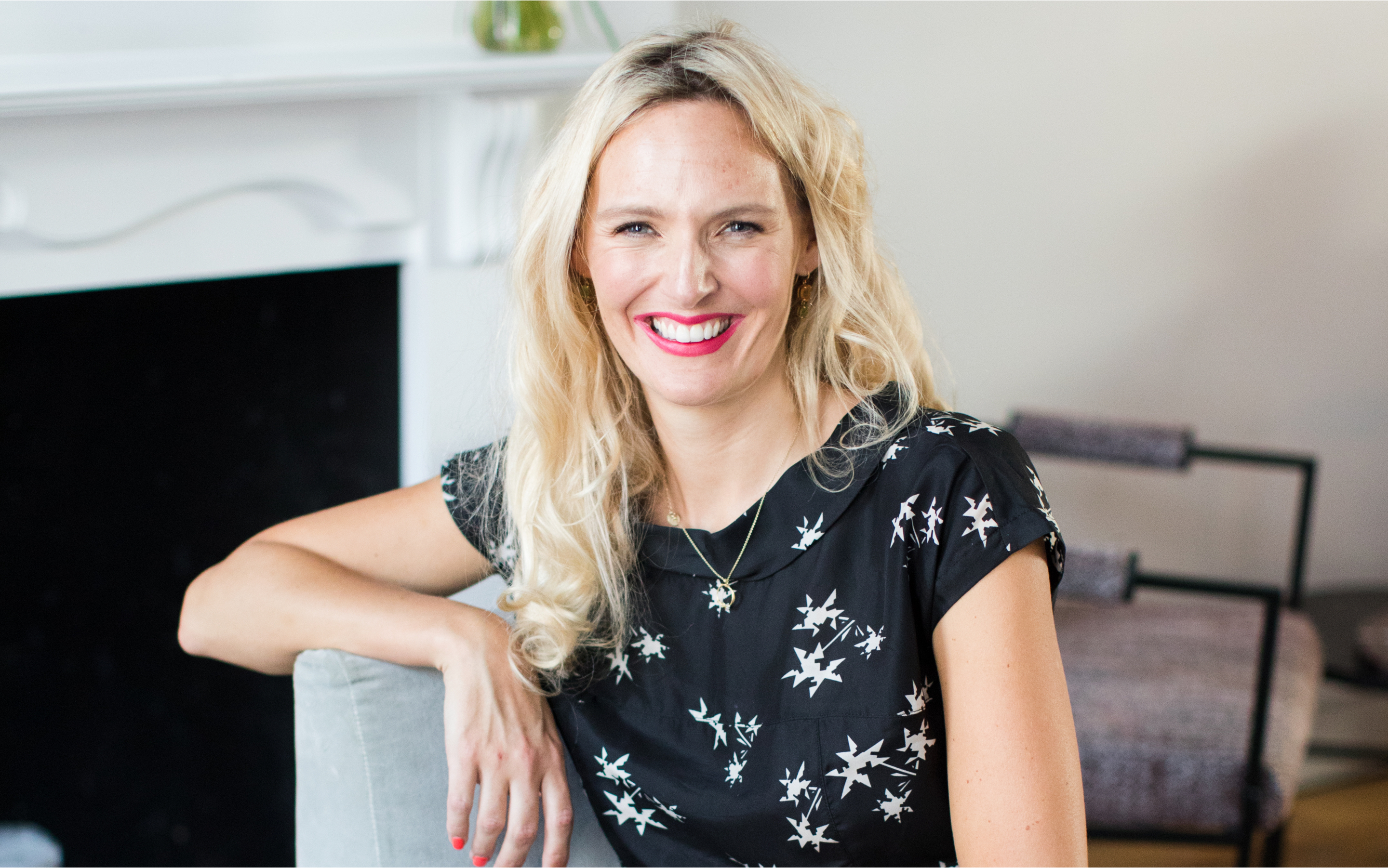 Life coach, Rosie Dalling of Healthy Selfish in bright, light and airy surroundings