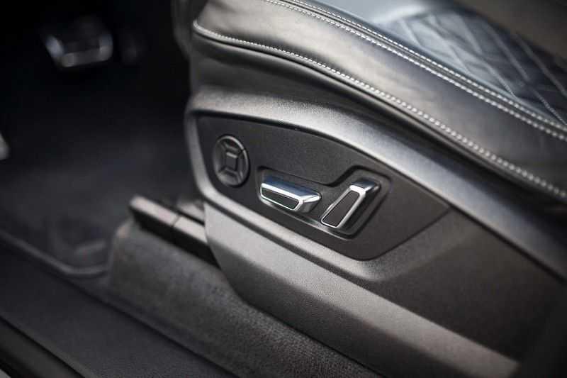 Audi SQ8 4.0 TDI Quattro *S-Sportstoelen / Pano / B&O / HUD / ACC / Nachtzicht* afbeelding 24