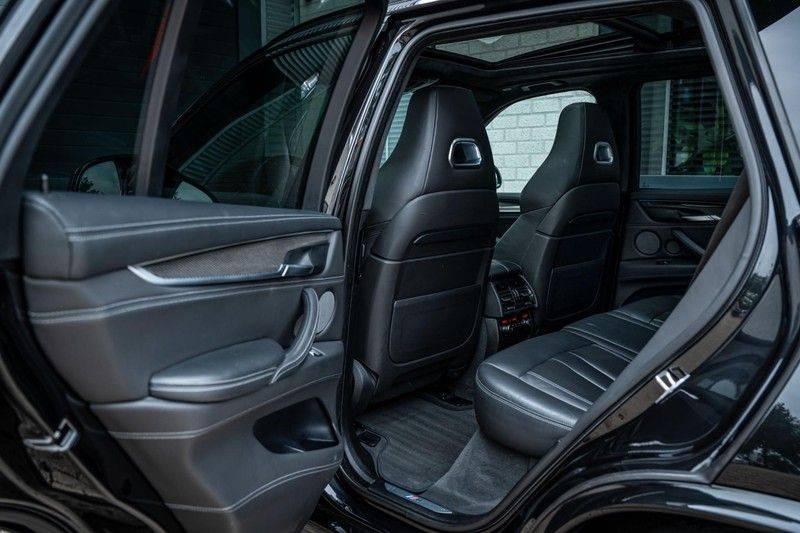 BMW X5 M, 575 PK, Pano/Dak, Leder Merino, Head/Up, Keyless, Soft/Close, Harman/Kardon, Surround View, LED, 22'' Breyton RS, 2016!! afbeelding 17