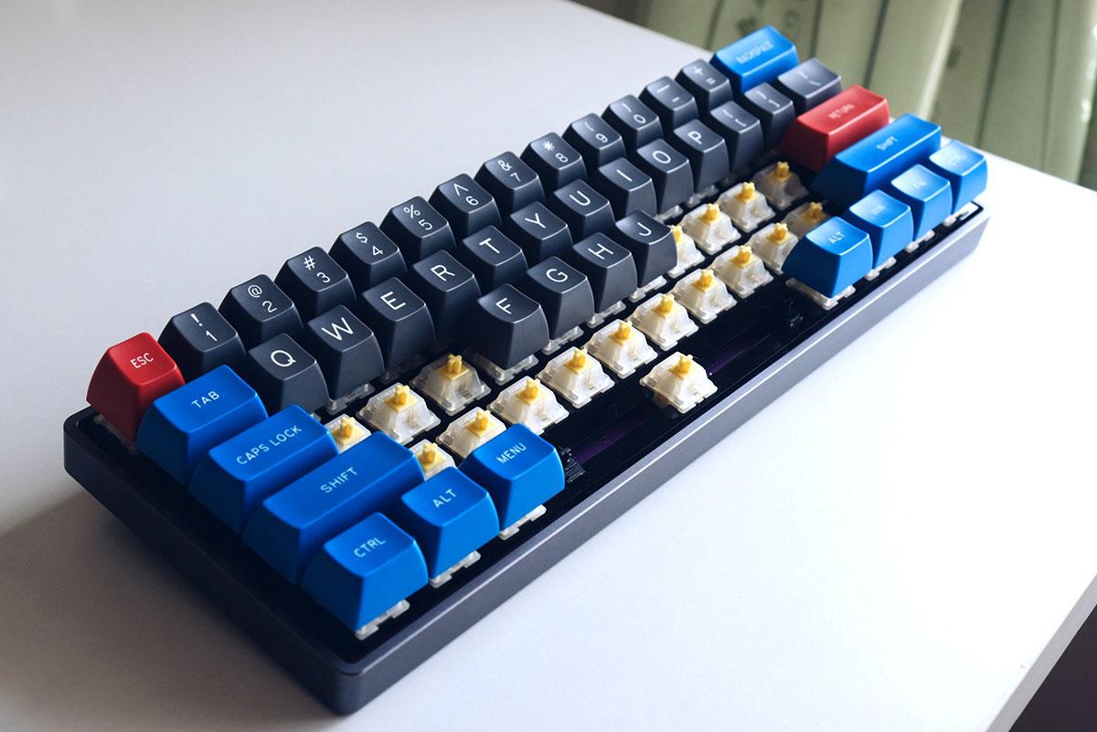ประกอบ switch ที่ lube แล้วเข้ากับ keyboard