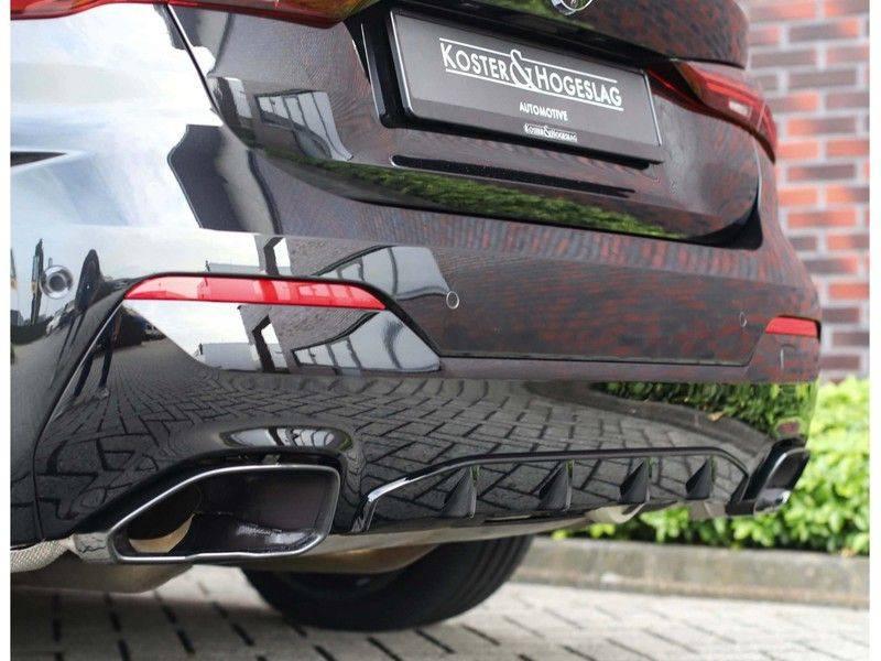 BMW 4 Serie Cabrio M440i xDrive *Trekhaak*Nekverwarming*Head-Up* afbeelding 15