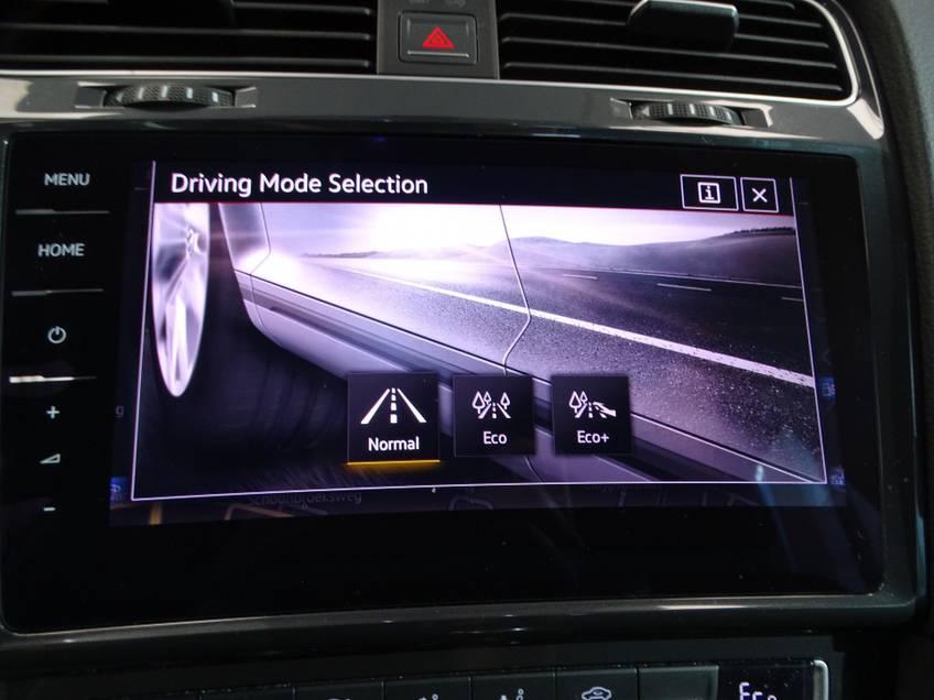 Volkswagen e-Golf e-Golf Marge! LED Navigatie Clima Cruise Warmtepomp Virtual CP Camera *tot 24 maanden garantie (*vraag naar de voorwaarden) afbeelding 15
