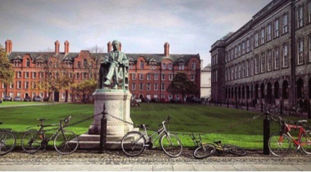 A day in Dublin - The Perfect Sunday - Trinity College