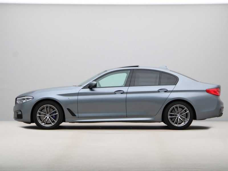 BMW 5 Serie 530i Aut. High Exe M-Sport afbeelding 17