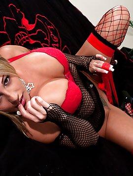 Nikki Red And Black Mesh