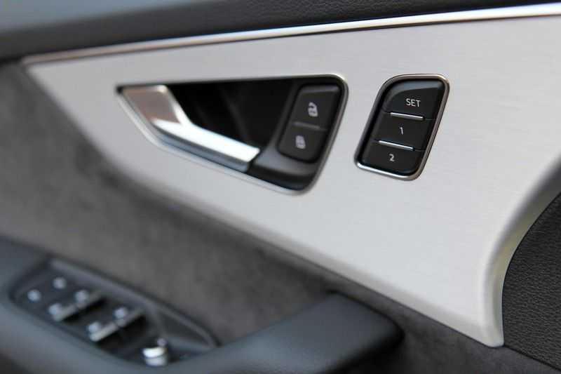 Audi Q7 60 TFSIe Competition PANO.DAK+TOPVIEW+S-STOELEN afbeelding 13