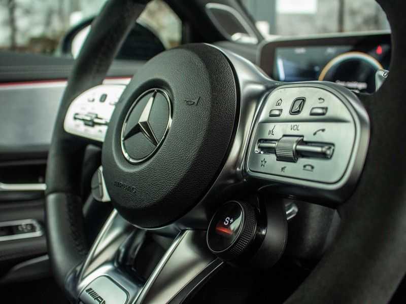 Mercedes-Benz A-Klasse A35 AMG 4MATIC Premium Plus afbeelding 22