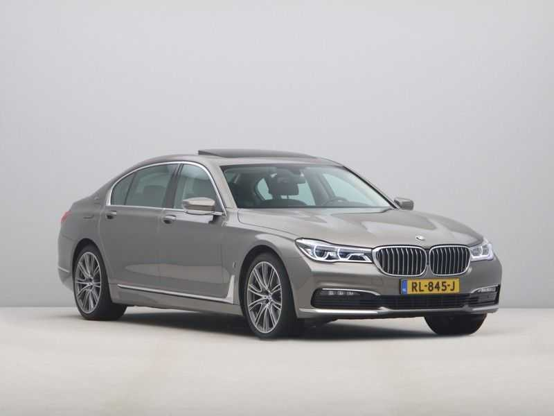 BMW 7 Serie 740Le iPerformance High Executive afbeelding 10