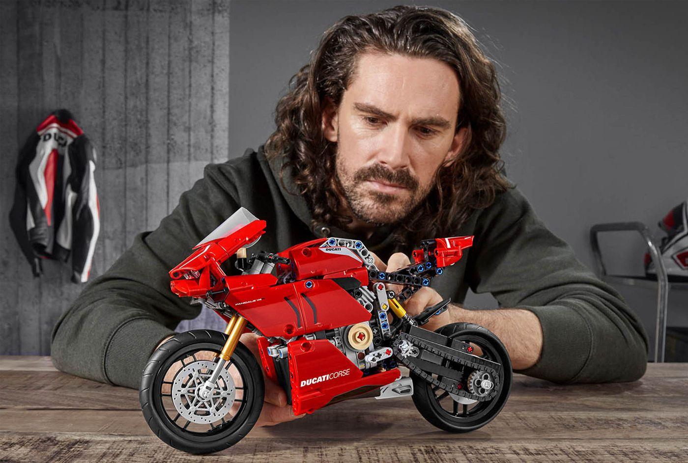 Ducati x Lego Technic