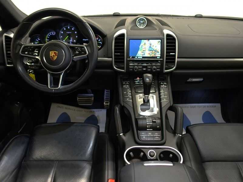 Porsche Cayenne 3.0 S E-Hybrid Sport Chrono Plus 334pk Aut, Pano, Leer, Camera, Full! afbeelding 22