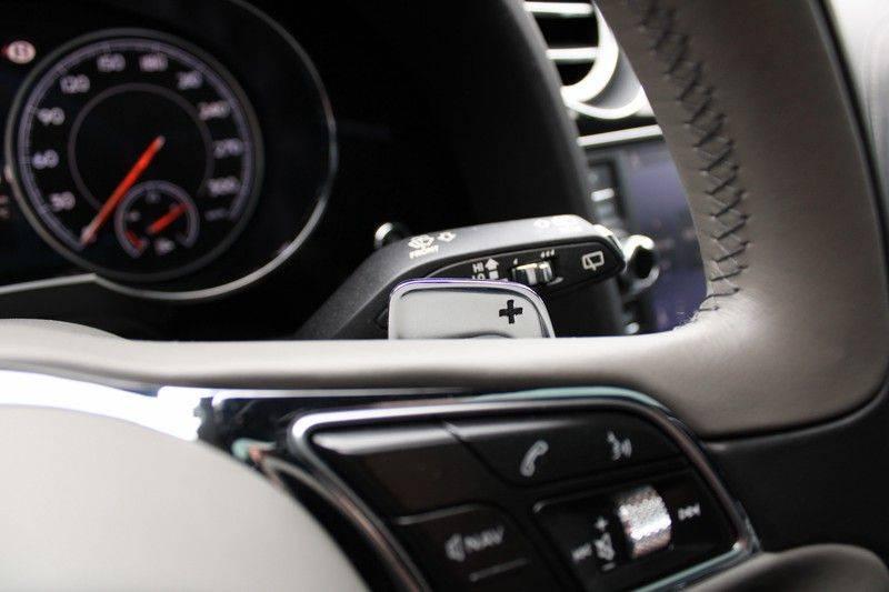 Bentley Bentayga 4.0 D 7p, Rear seat entertainment afbeelding 8