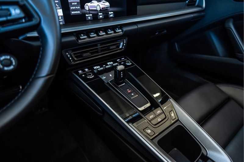 Porsche 911 Cabrio 3.0 Carrera S |Sport Chrono | Sportuitlaat | PDLS | GT-sportstuurwiel | Entry & Drive afbeelding 24