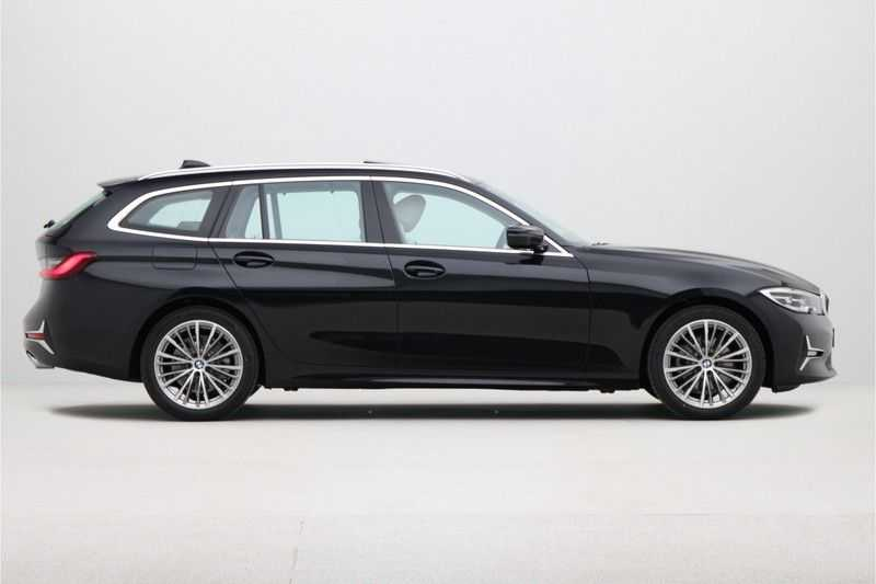BMW 3 Serie Touring 320d Luxury Line High Executive afbeelding 13