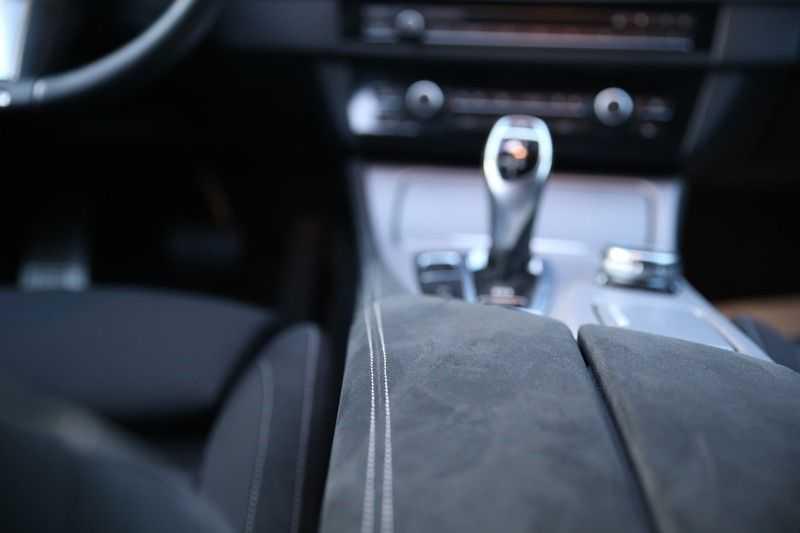 BMW 5 Serie M550D Facelift afbeelding 13