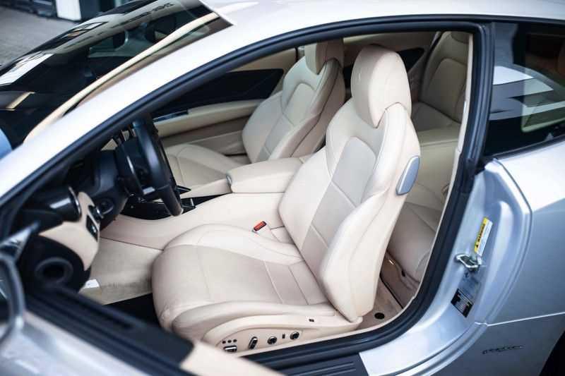 "Ferrari FF 6.3 V12 HELE *Collector Car / Passenger Display / 20"" / Carbon / Memory* afbeelding 3"