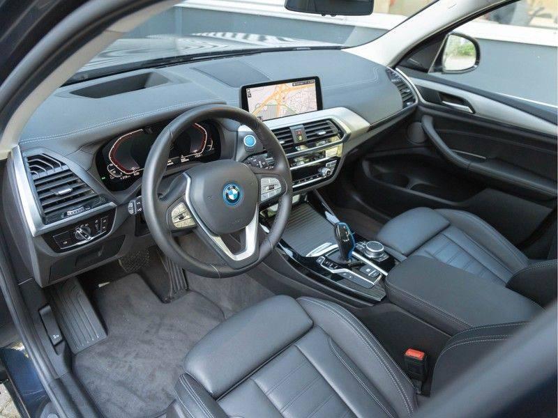 BMW iX3 High Executive - Direct Beschikbaar! afbeelding 12