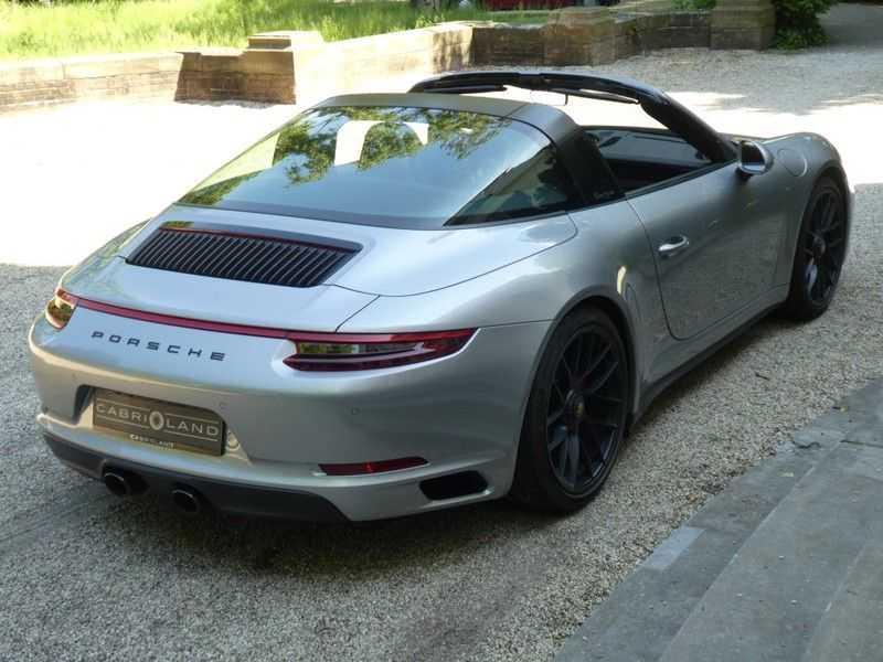 Porsche 911 3.0 Targa 4 GTS afbeelding 15