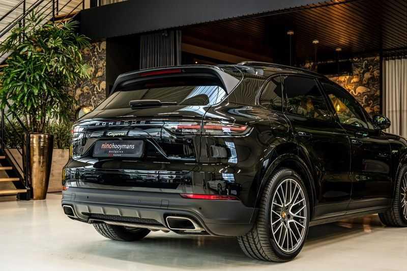 Porsche Cayenne 3.0 E-Hybrid | Panorama | Memory | 360 gradencamera | Sport Chrono | DAB afbeelding 3