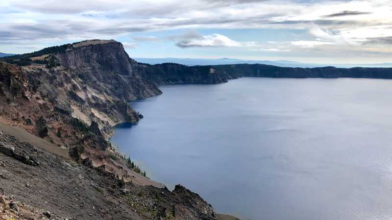 A view of the north rim of Crater Lake