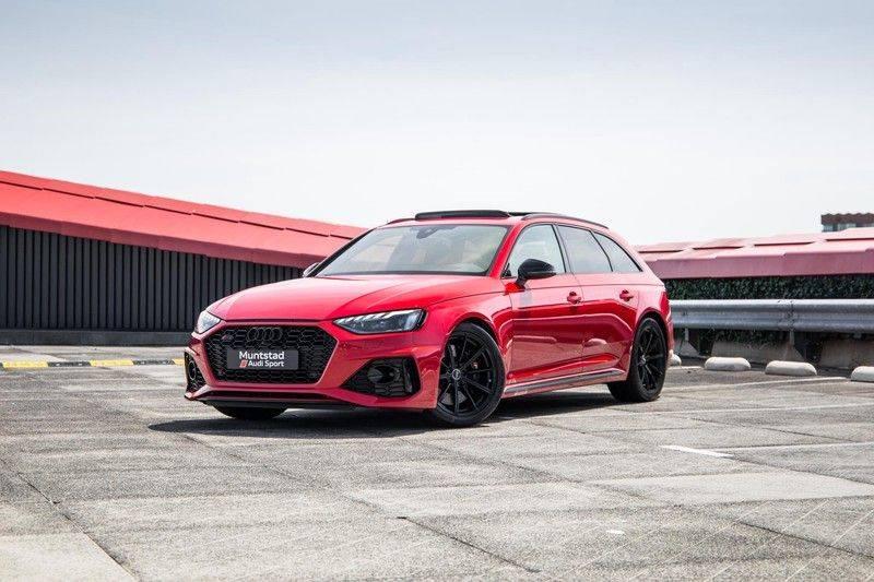 Audi RS4 Avant 2.9 TFSI quattro   450PK   Sportonderstel Plus   Panoramadak   Inleg Carbon   B&O   Sportdifferentieel   Head-up afbeelding 8