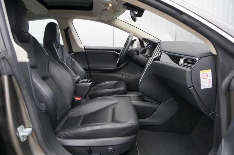 "Tesla Model S 90D Base / 422 PK / Panoramadak / Luchtvering / NL-Auto / 132dkm NAP / 21"" LMV / Leder afbeelding 7"