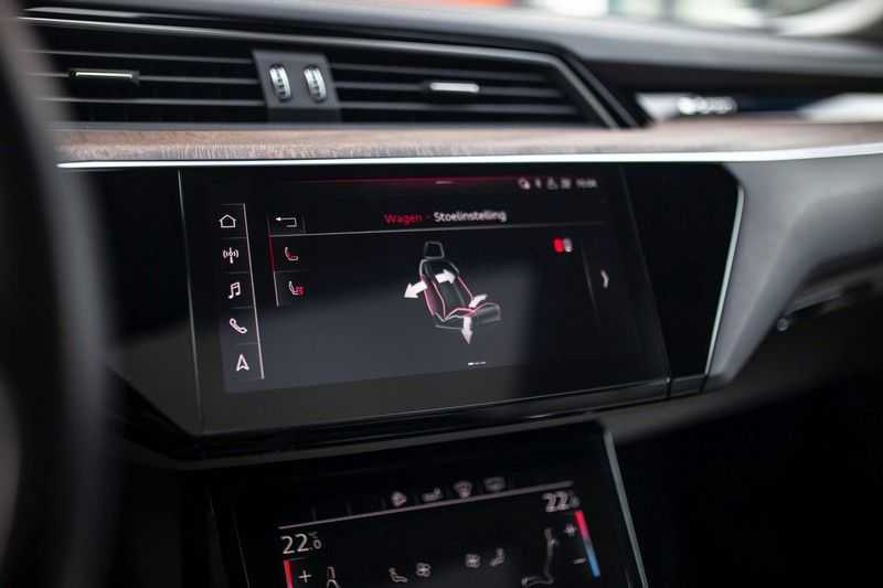"Audi e-tron 55 Quattro *4% Bijtelling / Massage / HUD / Pano / 21"" / Hulppakket Stad & Tour* afbeelding 16"