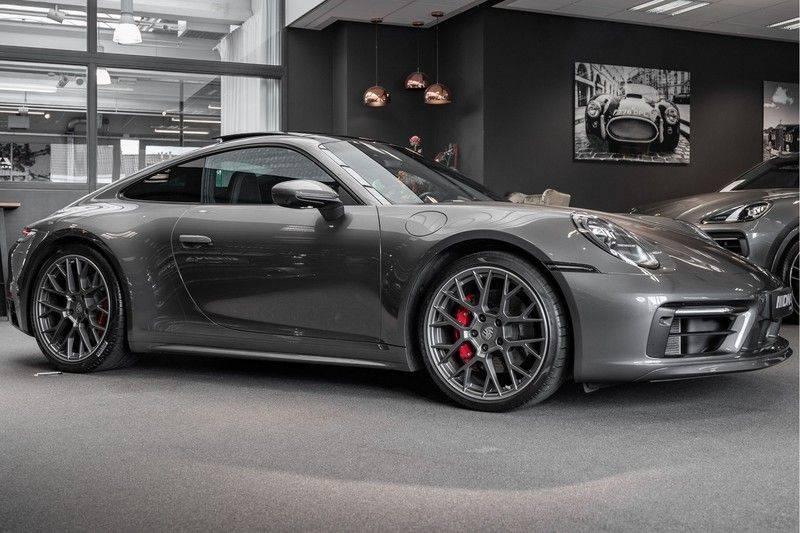 Porsche 911 992 4S Coupe Sport Design Pakket PDCC Ventilatie Pano ACC Surround Camera Achteras besturing 992 Carrera 4 S Vol afbeelding 2