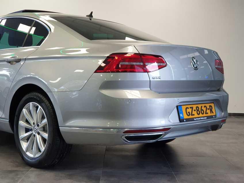 Volkswagen Passat 1.4 TSI GTE Highline EX BTW Navigatie Panoramadak LED PDC Clima Cruise 17`LM afbeelding 15