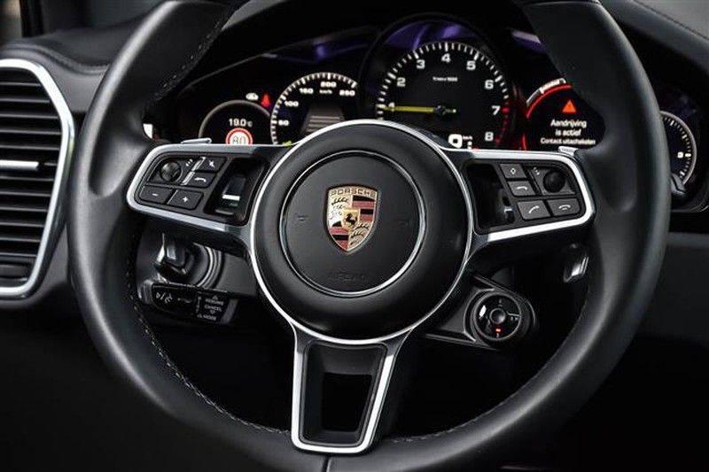 Porsche Cayenne E-HYBRID SPORTDESIGN+PANO.DAK+4WSTURING afbeelding 23