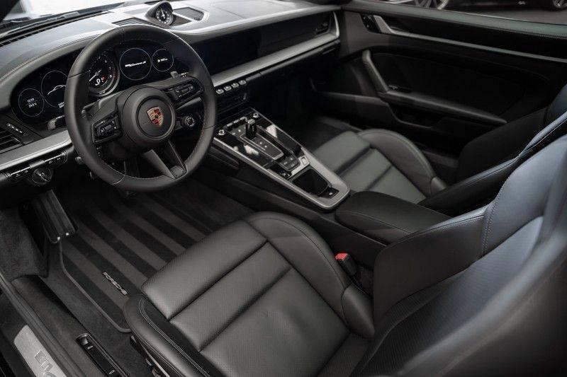 Porsche 911 992 S Coupe Akrapovic Race Cat Sport Chrono Pano Sport Uitlaat Adatieve Sportstoelen 3.0 Carrera S afbeelding 15