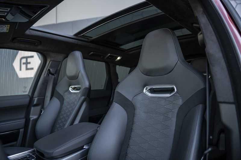 Land Rover Range Rover Sport SVR 5.0 V8 SC Meridian Reference Audio + Head Up + 360 Camera + Gekoelde/Verwarmde voorstoelen + Verwarmde  Achterbank + Carbon Motorkap Met Luchthappers + Ambianceverlichting afbeelding 10