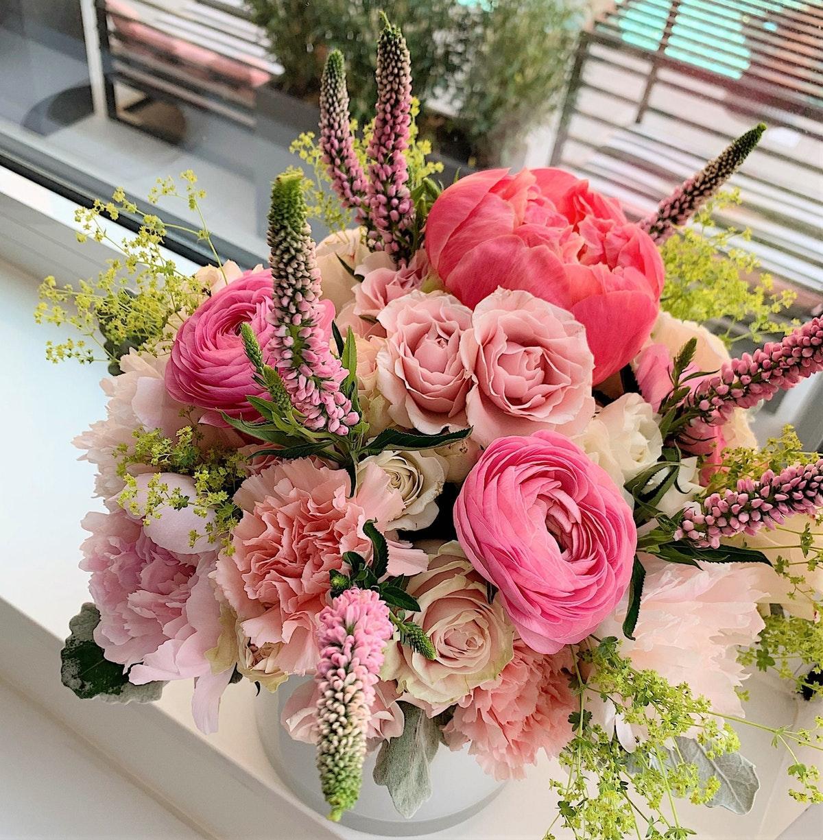 bloomie_new_york_florist_pink_flowers