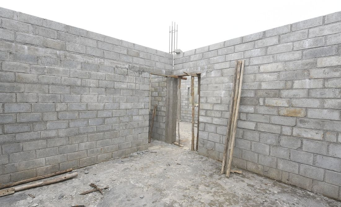 Vitrag Streamside Apartment for Bedroom work civil stage