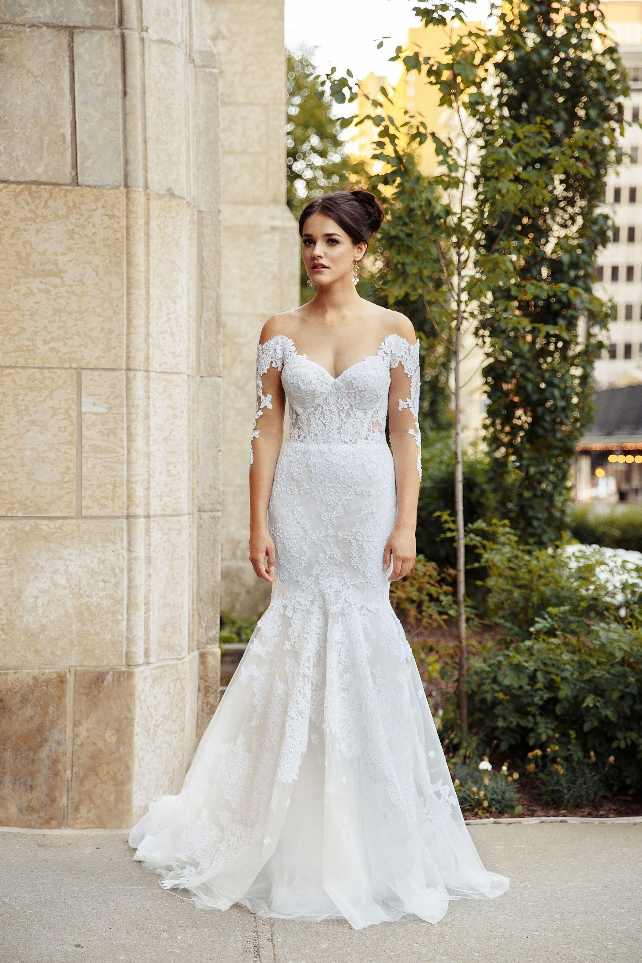 robe de mariee longues manches sirene montreal lilia haute couture robes de mariee