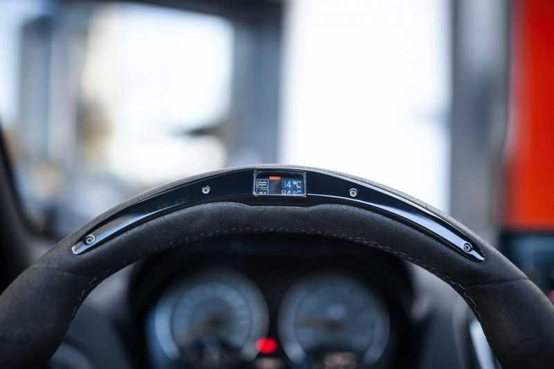 BMW M2 Coupé DCT *M-Performance uitlaat / LED stuur / H&K / Comp. velgen* afbeelding 4