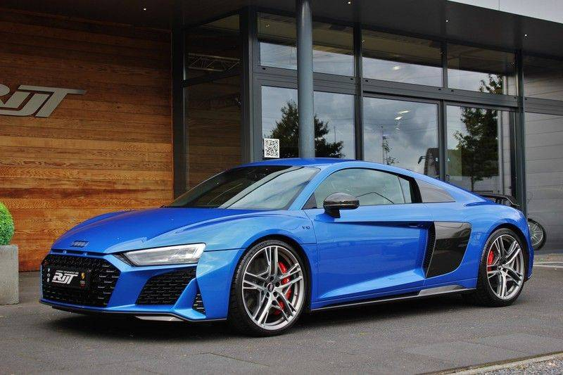Audi R8 5.2 V10 Performance Quattro 620pk **Keramisch/B&O/Carbon/DAB/Camera** afbeelding 3