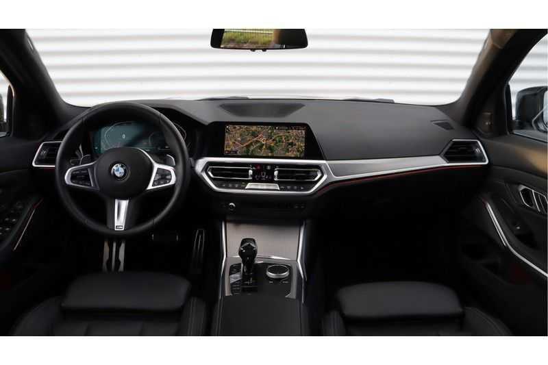 BMW 3 Serie 320i High Executive M Sport, Harman/Kardon, Live Cockpit Professional afbeelding 2