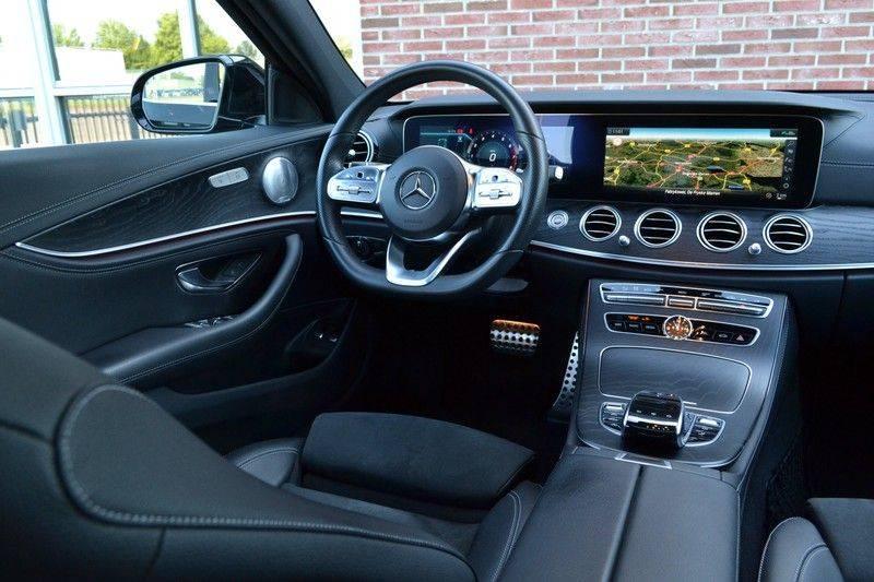 Mercedes-Benz E-Klasse 200 T 184pk AMG-Line El-Dak Night Trekh Widescr Burmester afbeelding 3