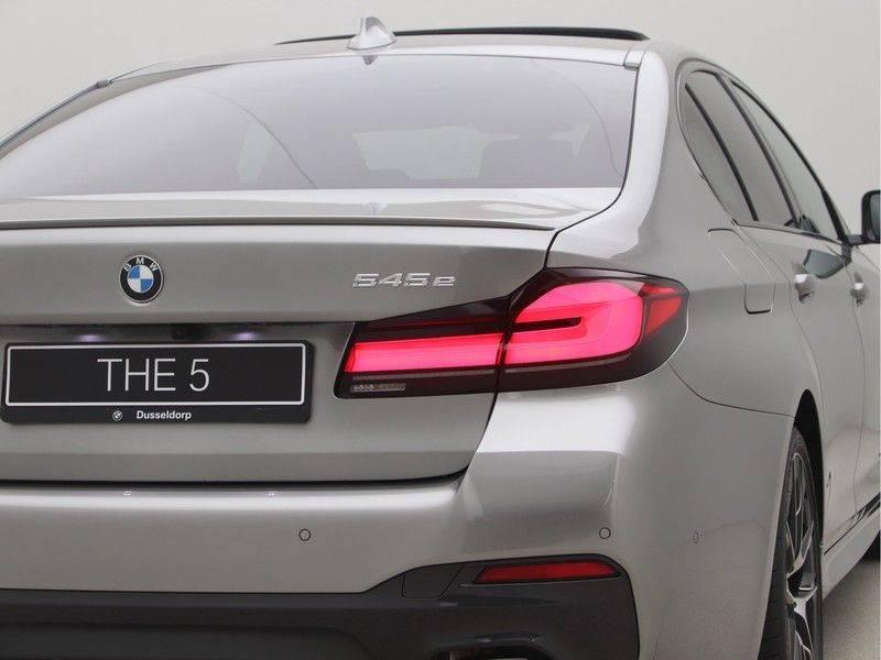 BMW 5 Serie Sedan 545e xDrive High Executive Edition afbeelding 22