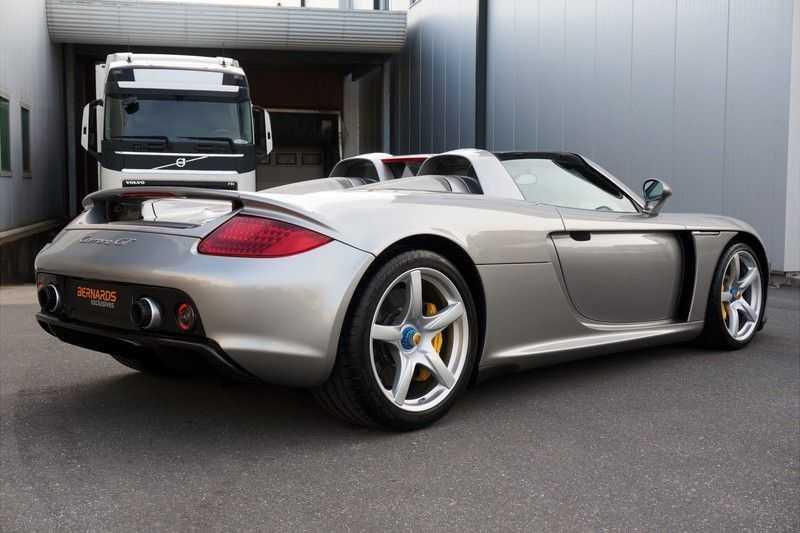 Porsche Carrera GT 5.7 V10 1 of 1.270 afbeelding 5