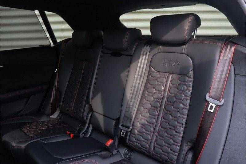 Audi RS Q8 4.0 TFSI Quattro RS Dynamic Plus, B&O, Keramisch, Panoramadak afbeelding 12