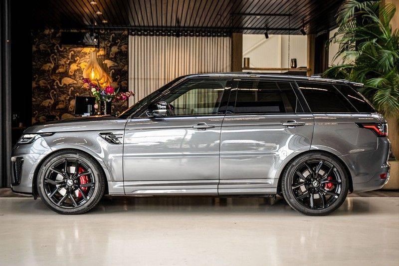 Land Rover Range Rover Sport P575 SVR | Panorama | Stoelkoeling | HUD | Carbon afbeelding 2