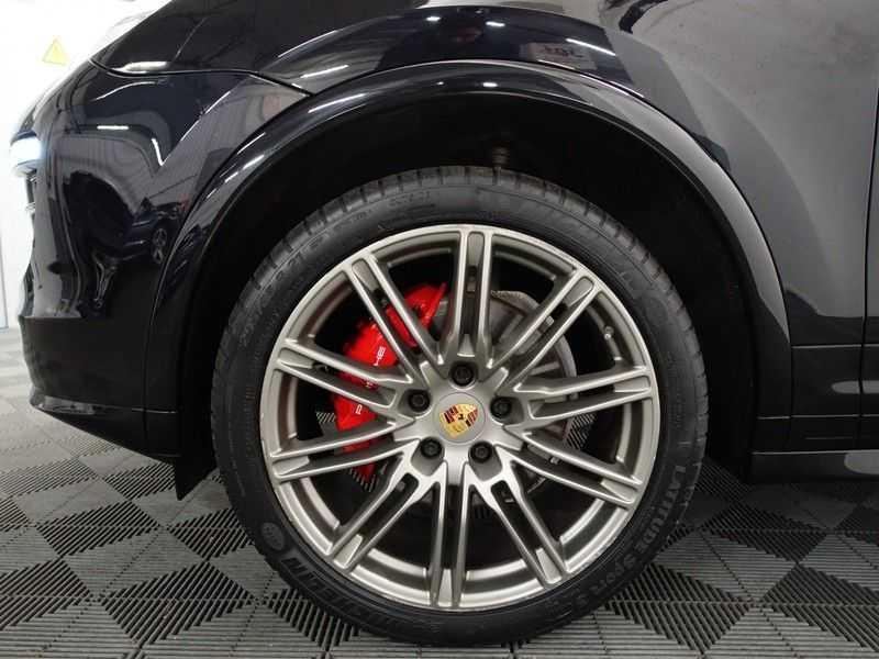 Porsche Cayenne 3.0 S E-Hybrid 334pk Sport Chrono Aut- Panodak, Bose, Leer, Camera, Full! afbeelding 25