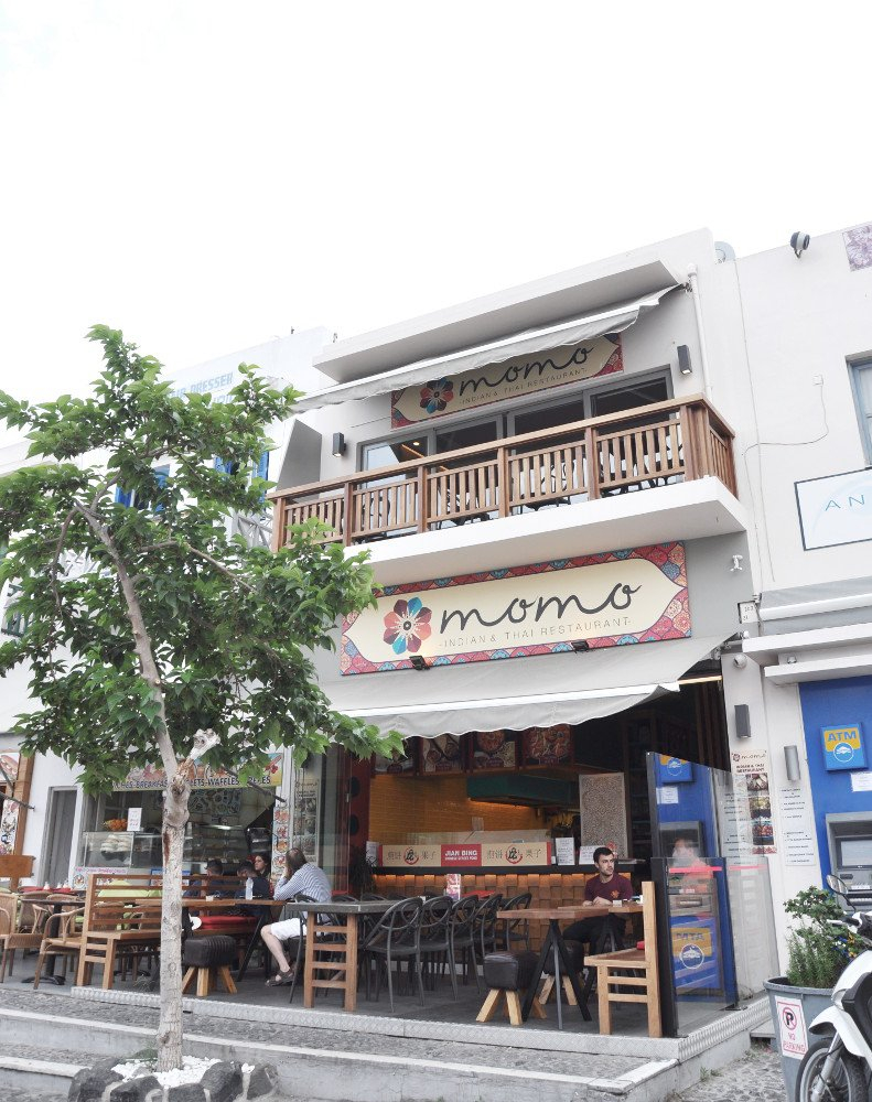 Santorini Fira Momo Indian Thai Restaurant