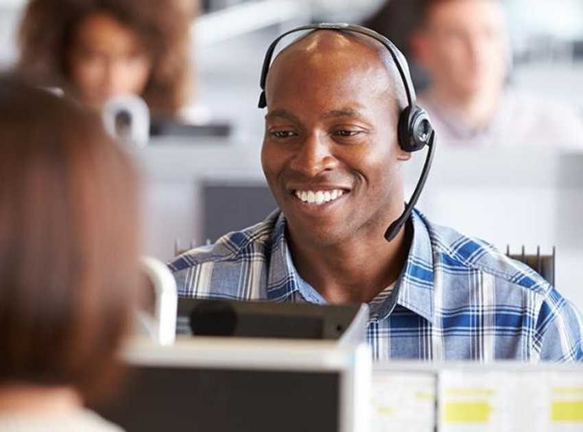 Accruent - Resources - Blog Entries -  The Advantages of a Third-Party Help Desk for Facilities Management  - Hero